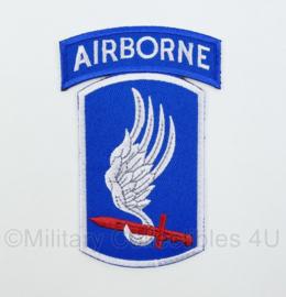 US Army Vietnam oorlog patch met tab 173rd Airborne Brigade Combat Team embleem - 11,5 x 7,5 cm