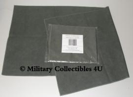 Microvezel doek - nieuw in verpakking - afmeting 86 x 37 cm. - origineel KL