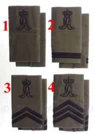 KLU Luchtmacht GVT MA Militaire Academie schouderstukken - zwarte letters - verschillende rangen - origineel