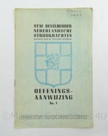 Staf Bevelhebber Nederlandsche strijdkrachten oefenings aanwijzing No1 uit 1945 - afmeting 15 x 23 cm - origineel