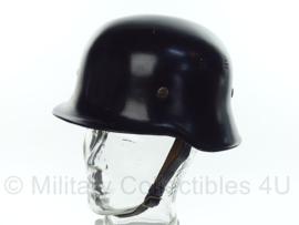 Duitse brandweerhelm naoorlogs - WO2 model - maat 58 - origineel