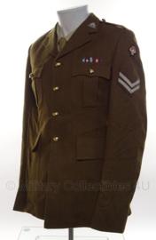 Britse leger uniform jas MET insignes  - Corporal - size 176-92-76 - origineel
