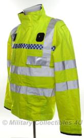 Britse politie jas geel reflecterend - met portofoon houders  - origineel - type nr. 20