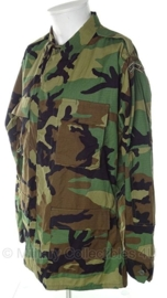Korps Mariniers jas Woodland camo - Medium/Long = 8090 / 9404  - origineel