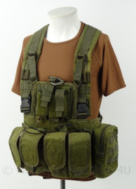 KL Landmacht en Korps Mariniers Warrior Assault Systems Chest rig met tassen - groen - maat verstelbaar - origineel