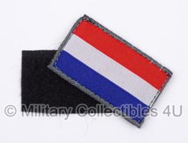 KL Nederlandse leger landsvlaggen PAAR met klittenband voor uniformen - 5 x 3 cm