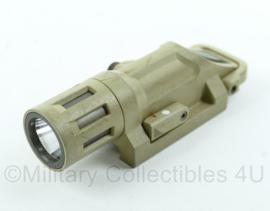 B&T weapon light gen II met infrarood functie - Coyote - gebruikt - werkend -picatinny rail - origineel