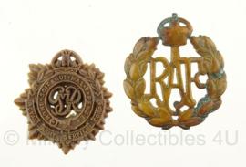 WO2 Brits baret emblemen cap badges SET - Royal Airforce en Royal Army Service Corps (zonder pinnen)  - origineel