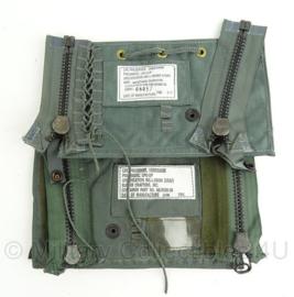 US Air Force life preserver pouches - ongelijk paar - origineel