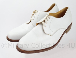 KM Koninklijke Marine schoenen tropen wit merk AVANG met lederen zool - ongedragen - zeldzaam - size 7 = 42 of 10 = 45 - origineel