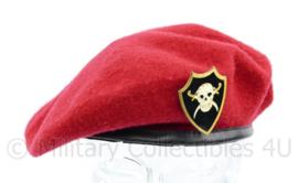 Zeldzame rode baret Libanon Fiji - maat 58 - origineel
