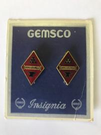 US Army Ordinance Replacement Training Center UNIT CREST paar - 3,5 x 2,3 cm - maker GEMSCO - origineel