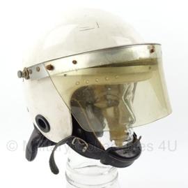 Duitse ME helm  -  wit -  Maat 58-60  -  origineel