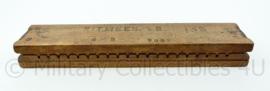 Sigaar rolplank uit de jaren 50 - Ritmeester 145 - inclusief sigaren -56x11x7 cm - origineel