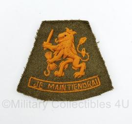 Defensie jaren 60 Dik gestikte mouw leeuw Je Maintiendrai embleem - 7 x 8 cm - origineel