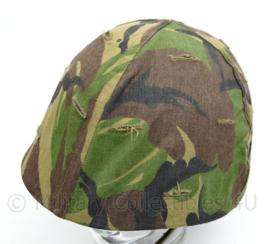 KL of Korps Mariniers vorig model M1 helm overtrek met elastiek - gebruikt - origineel