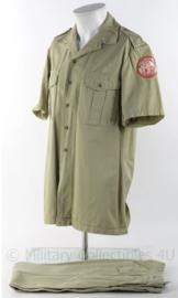 """KMAR Koninklijke Marechaussee """"sinaai missie"""" overhemd en broek met originele insignes - maat 41 - origineel"""