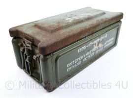 KL Defensie munitiekist extra degelijk metaal - 20,5 x 46,5 x 17 cm - origineel