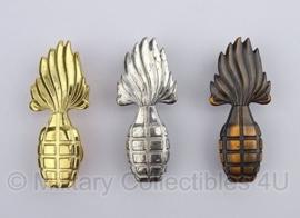 KL insigne metaal buitengewoon geoefend handgranaat werper - origineel