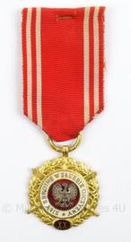 Poolse medaille 20 jaar trouwe dienst - afmeting 4 x 10,5 cm - origineel