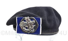 MVO jaren 50 baret met insigne van de Cavalerie Huzaren van Sytzama  - maat 53 - origineel