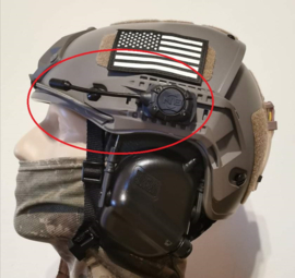 MPLS Helmet en MOLLE  Wit LED Flashlight voor MICH FAST helm ZWART (zonder helm)