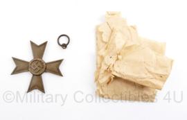 Wo2 Duits Kriegsverdienstkreuz 2e klasse uit 1939 -  5 x 5 cm - oogje afgebroken - origineel