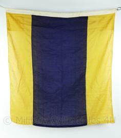 Wo2 British Royal Navy signaal vlag  - gebruikt - 83x90x0,1 cm - origineel
