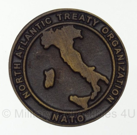NATO Communications and Information Systems School Latina Italy Coin - origineel