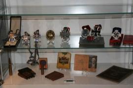 Verzameling medailles en militaria - Bob de Jong