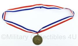 Nederlandse Politie Sport Bond Medaille Team NK Pistool 1993 met halslint - 5 x 5 cm - Origineel