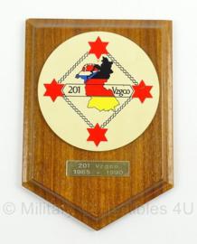 Wandbord Duits Nederlands korps - 201 vzgco 1965/1990 - afmeting 14 x 20 cm - origineel