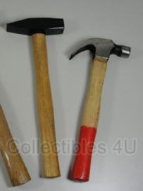 Leger moker of hamer - 2 soorten
