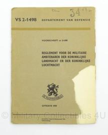 Reglement voor de Militaire Ambtenaren van de KL en de KLu nr. VS 2-1498 - 1959 - afmeting 16 x 22 cm - origineel