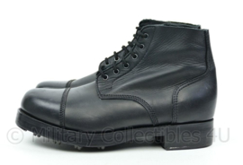 British service shoes zwart met benageling modern, lijkt op wo2 brits model - nieuw - size 10 - origineel