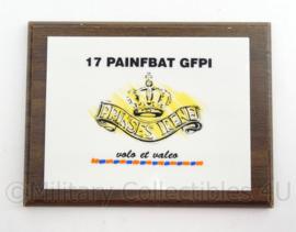 KL Landmacht wandbord 17e PAINFBAT Pantser Infanterie Bataljon Prinses Irene - afmeting 20 x 15 x 2 cm - origineel