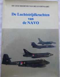boek De luchtstrijdkrachten van de NAVO - gebruikt