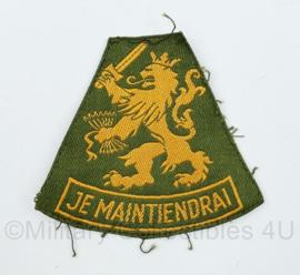 Nederlandse Je Maintiendrai KL DT  mouwleeuw gevouwen geel op groen - vroeg model - 8 x 7 cm -  origineel