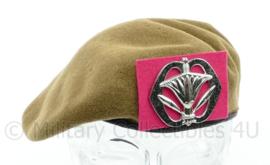 Defensie vroeg model baret met insigne van de Militaire Administratie -  maat 57 - origineel