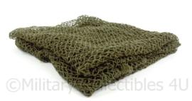 Helmnet / sjaal groot groen netsjaal - 61 x 63 cm. - origineel