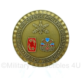 US Army coin first sergeants award for excellence 69TH Air Defence Artillery Brigade   - origineel