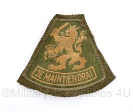 MVO Je Maintiendrai mouw leeuw embleem nog op stuk uniform - 10 x 8,5 cm - origineel