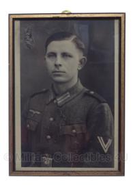 Portretfoto Duitse Obergefreiter met SA Sportabzeichen - 22,5 x 31 cm - origineel WO2