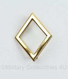 KL MILVA dames insigne goudkleurig Galjon 1962 1982  Rang Hoofd MILVA Geneeskundige dienst 2e klasse zomer uniform   -  4 x 3.5 cm - origineel