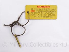 MVO pin van een granaat of mijn - 2 cm - origineel