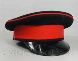 British Royal Artillery cap - zwart met rode band - 52 of 53 - origineel