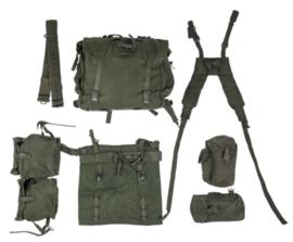 Britse M58 P58 pattern 58 draagset met tassen - 7 delig - OD  - origineel