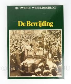 Naslagwerk boek over WO2 - De Bevrijding - K.A. van den Hoek