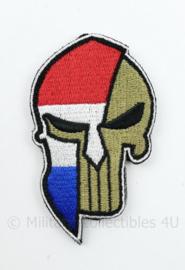 Dutch Skull embleem - met klittenband - 9 x 5 cm