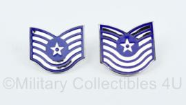 USAF US Airforce 2 verschillende soorten kraagemblemen van metaal - Technical Segeant - origineel